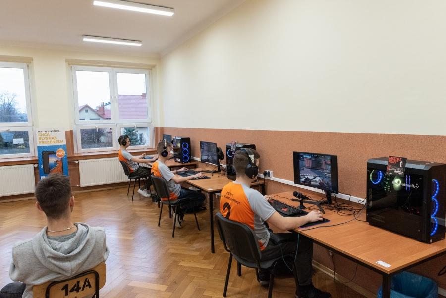 Relacja z zawodów powiatowych ZS Żarki CUP 2020